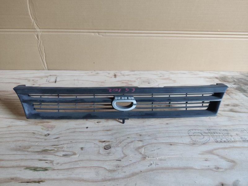 Решетка радиатора Toyota Corolla EE102 (б/у)