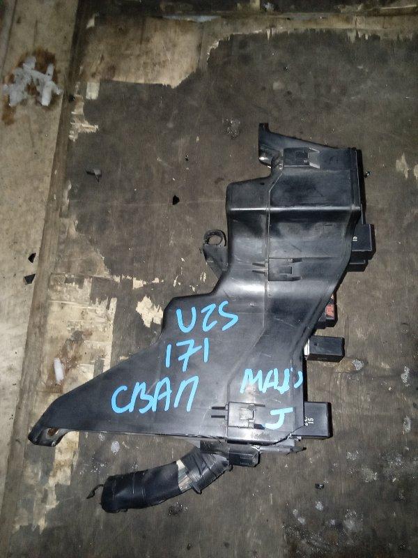 Блок предохранителей Toyota Crown Majesta UZS171 (б/у)