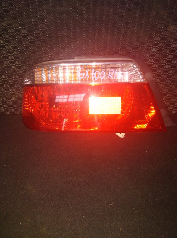Стоп-сигнал Toyota Chaser GX100 левый (б/у)