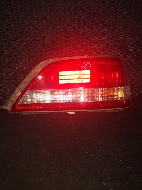 Стоп-сигнал Toyota Cresta GX100 правый (б/у)