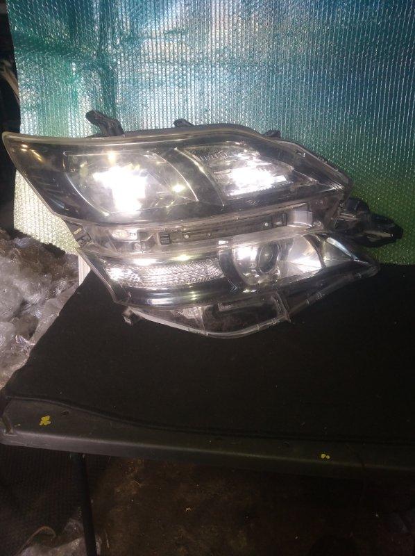 Фара Toyota Alphard ANH20 правая (б/у)