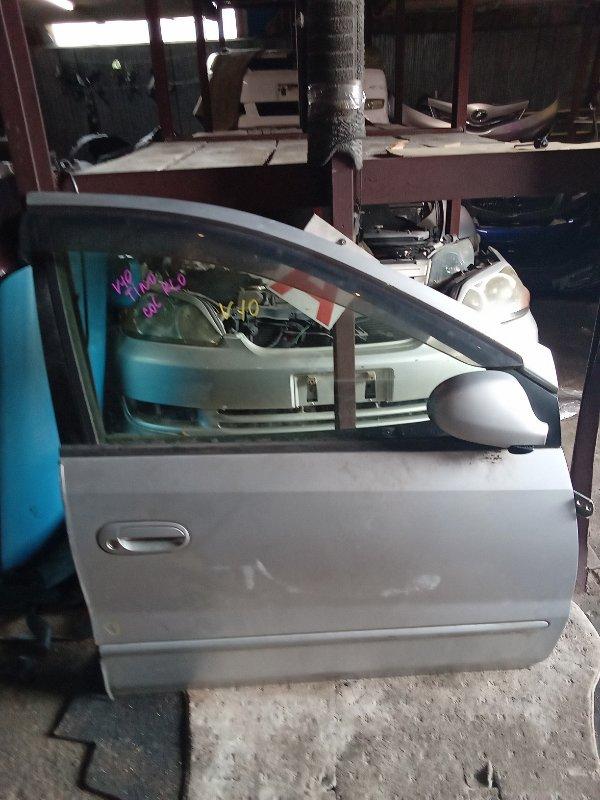 Дверь Nissan Tino V10 передняя правая (б/у)