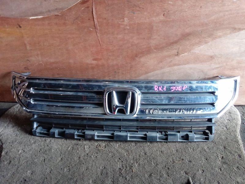 Решетка радиатора Honda Stepwagon RK1 (б/у)
