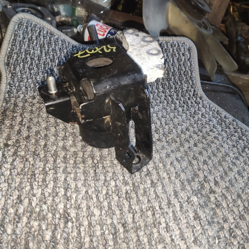 Подушка двигателя Suzuki Swift ZC72S K12B правая (б/у)