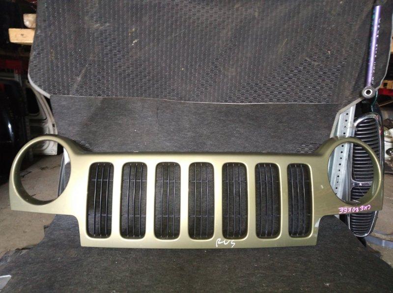 Решетка радиатора Jeep Cherokee (б/у)