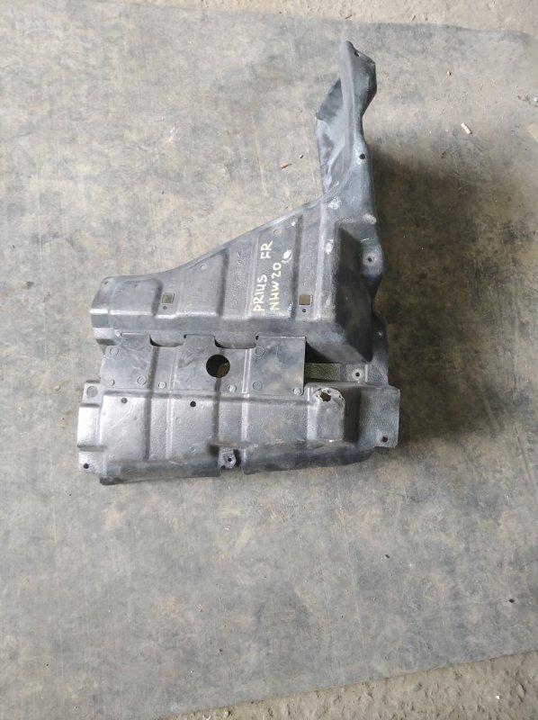 Защита двигателя Toyota Prius NHW20 правая (б/у)