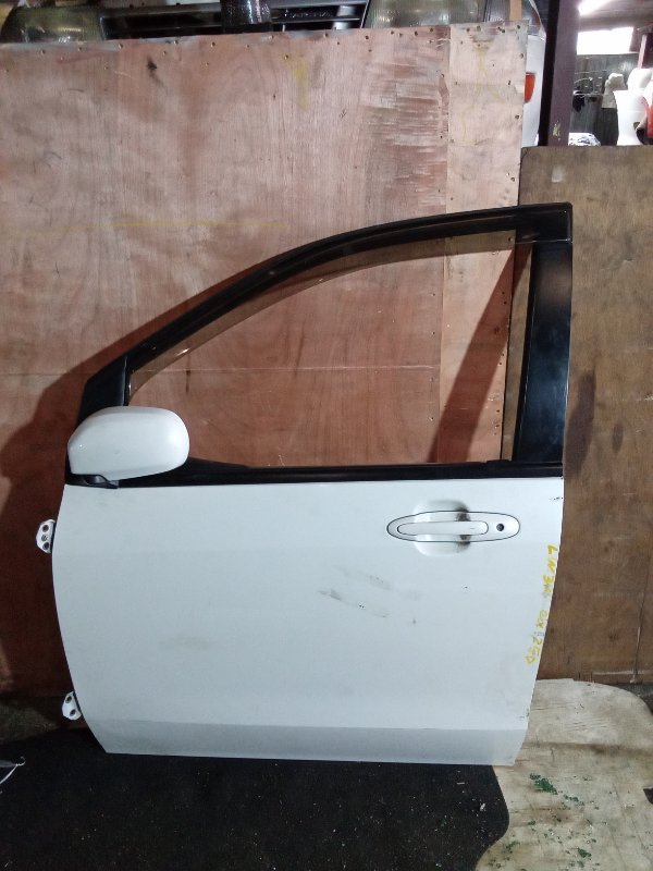 Дверь Mazda Mpv LW3W передняя левая (б/у)