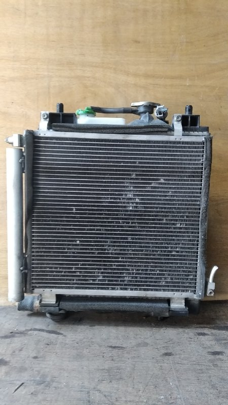 Радиатор охлаждения Suzuki Mr Wagon MF33S R06A (б/у)