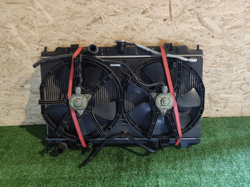 Радиатор Nissan Ad Y11 (б/у)