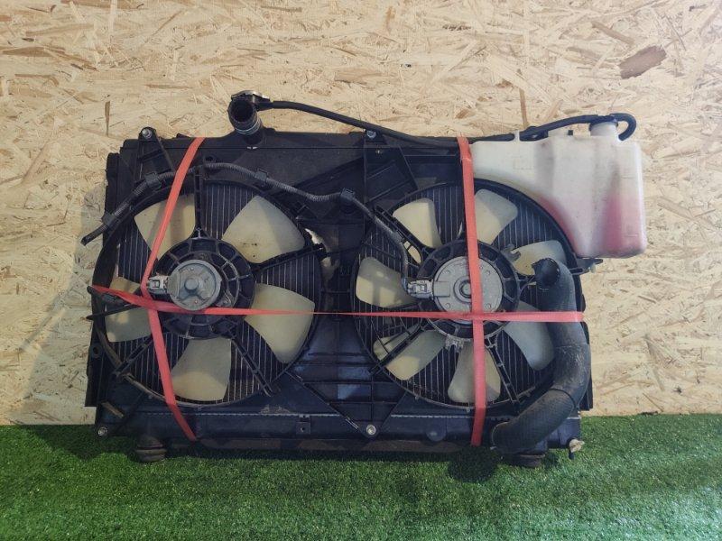 Радиатор Toyota Noah AZR60 (б/у)