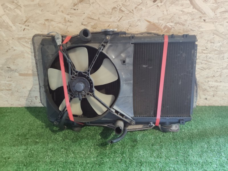Радиатор Toyota Starlet EP95 4E (б/у)