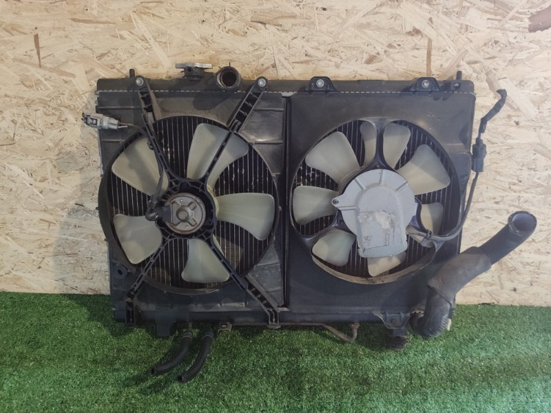 Радиатор Toyota Gaia ACM10 (б/у)