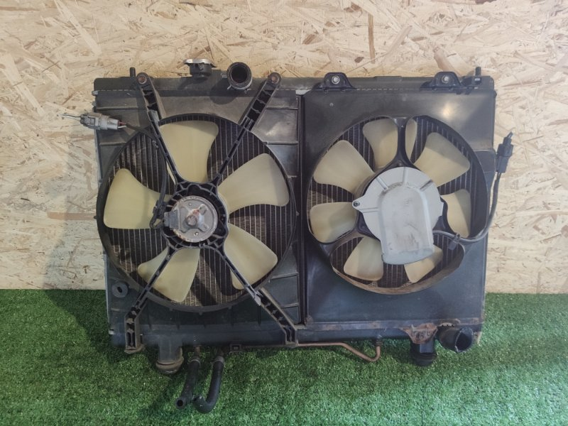 Радиатор Toyota Gaia SXM10 3S (б/у)