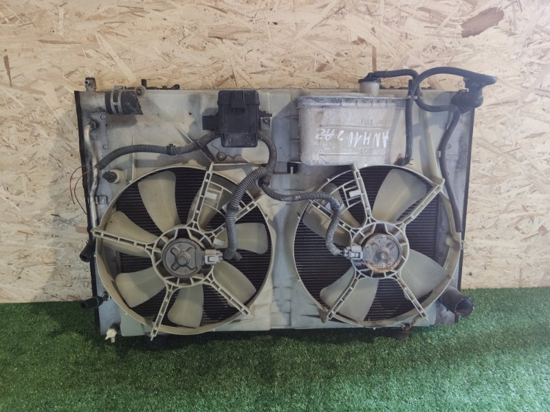 Радиатор Toyota Alphard ANH10 2AZ (б/у)