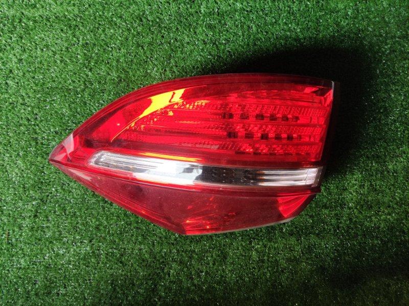 Стоп-сигнал Honda Elysion RR1 правый (б/у)
