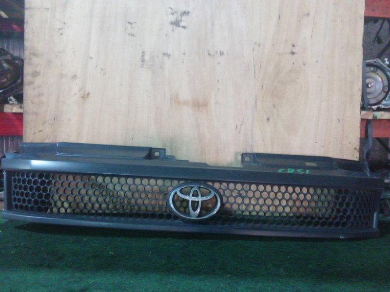 Решетка радиатора Toyota Noah CR51 передняя (б/у)