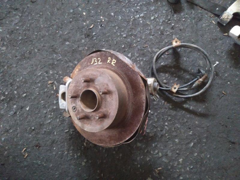 Ступица Nissan Teana J32 задняя правая (б/у)