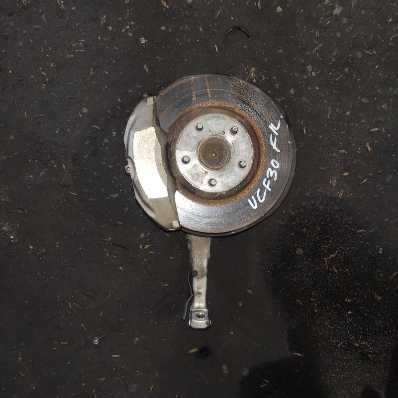 Ступица Toyota Celsior UCF30 3UZ передняя левая (б/у)