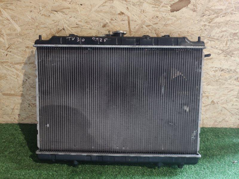 Радиатор охлаждения Nissan Bassara U30 QR25 (б/у)