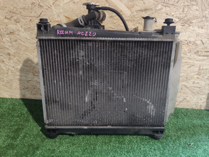 Радиатор охлаждения Toyota Raum NCZ20 (б/у)