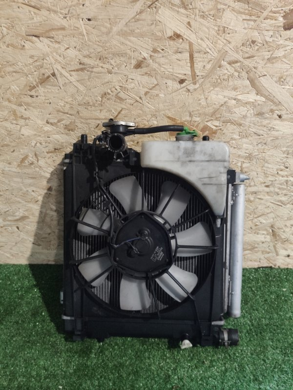 Радиатор охлаждения Suzuki Wagon R MH34S R06A (б/у)