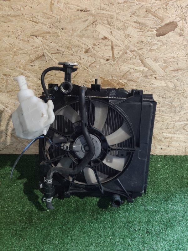 Радиатор охлаждения Mitsubishi Mirage A05A 3A90 (б/у)