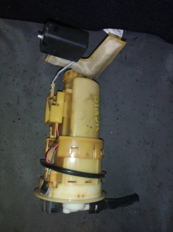 Топливный насос Toyota Vitz NCP10 1NZ (б/у)