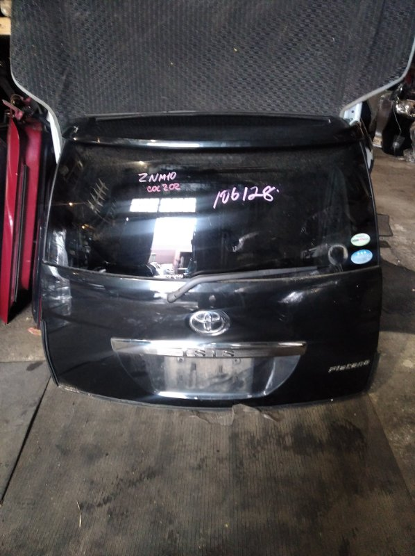 Дверь 5-я Toyota Isis ZNM10 (б/у)