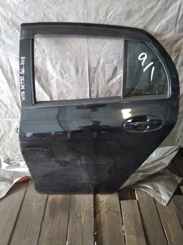 Дверь Toyota Vitz NCP95 задняя левая (б/у)