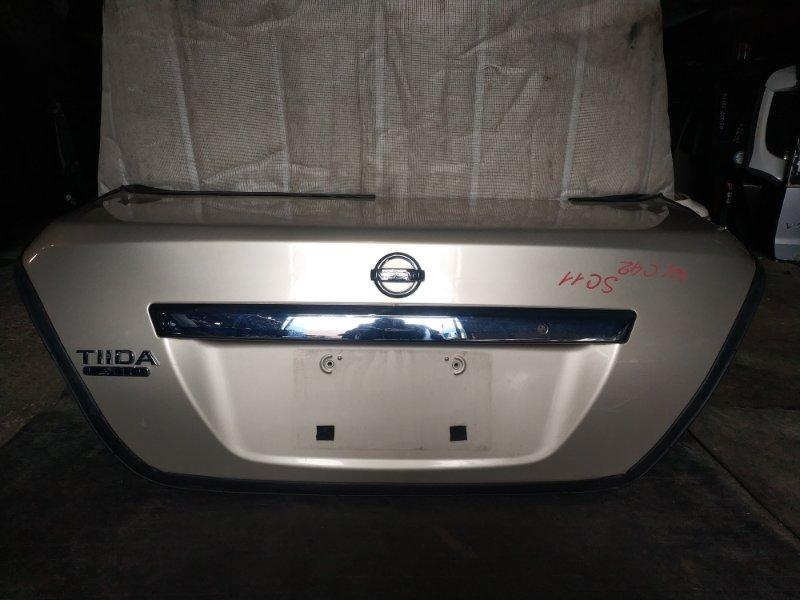 Крышка багажника Nissan Tiida Latio SC11 (б/у)