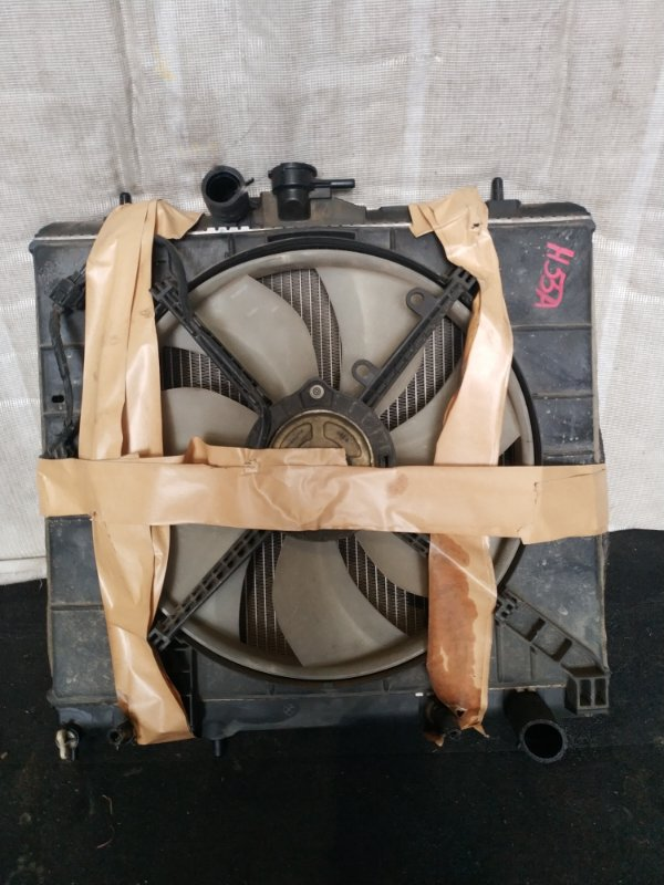 Радиатор охлаждения Mitsubishi Pajero Mini H55A (б/у)