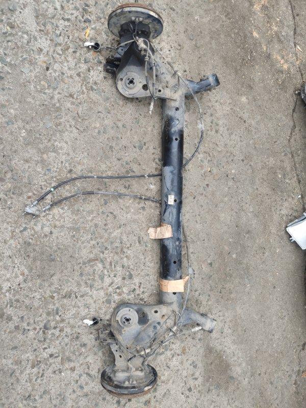 Балка со ступицами Mazda Demio DE3FS задняя (б/у)