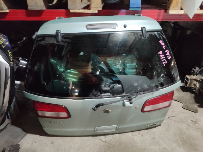 Дверь 5-я Nissan Liberty PM12 (б/у)
