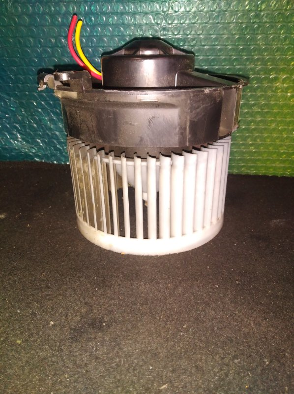 Мотор печки Nissan Serena C25 (б/у)