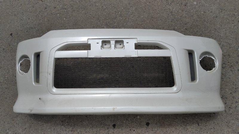 Бампер Mitsubishi Delica D5 CV5W передний (б/у)