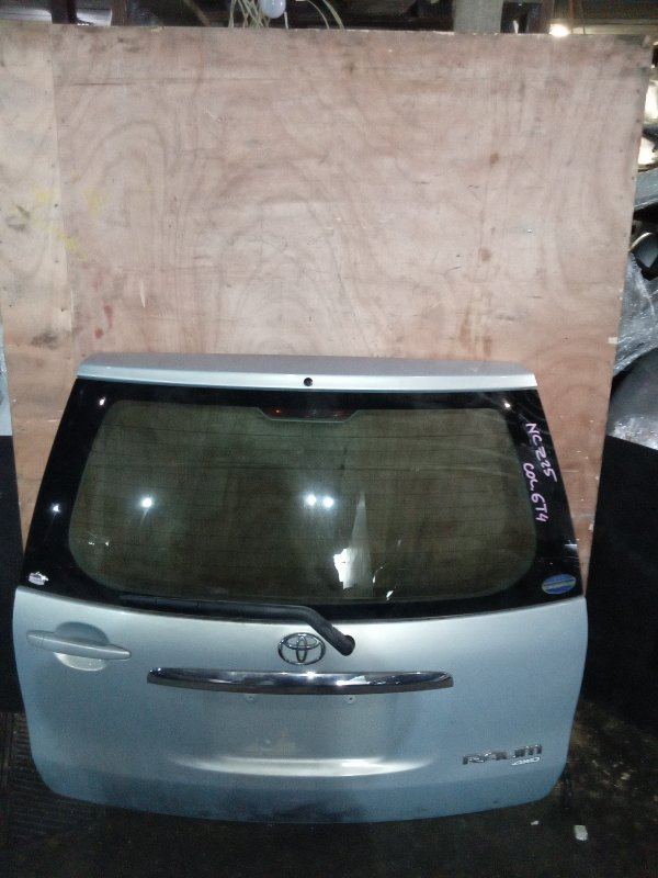 Дверь 5-я Toyota Raum NCZ25 задняя (б/у)