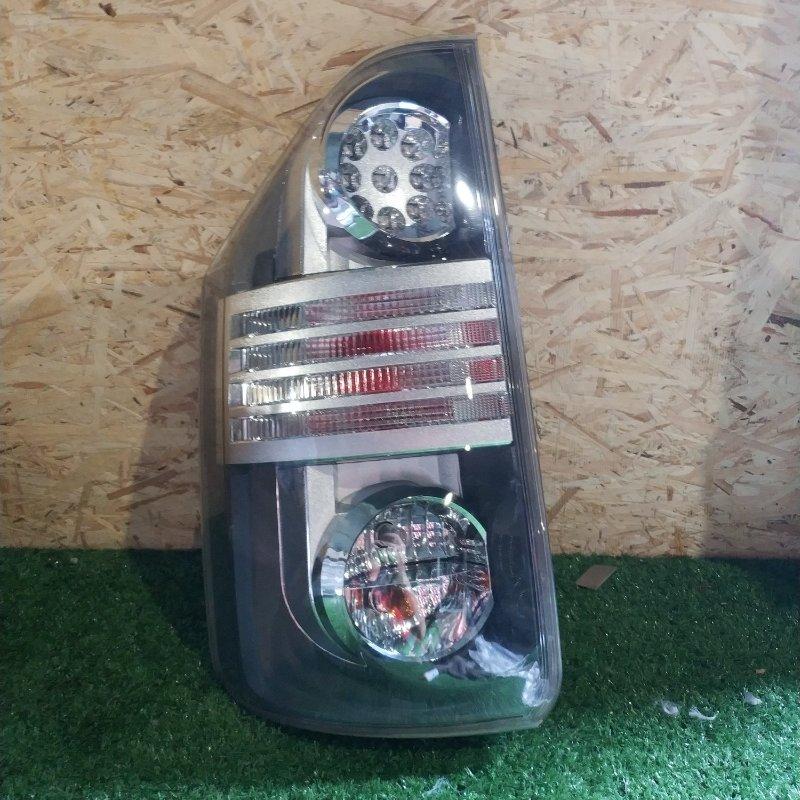 Стоп-сигнал Toyota Voxy ZRR70 задний левый (б/у)