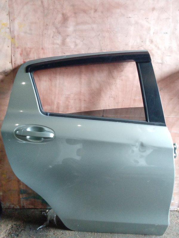 Дверь Toyota Vitz NSP135 задняя правая (б/у)