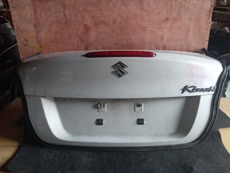 Крышка багажника Suzuki Kizashi RF91S J24B задняя (б/у)