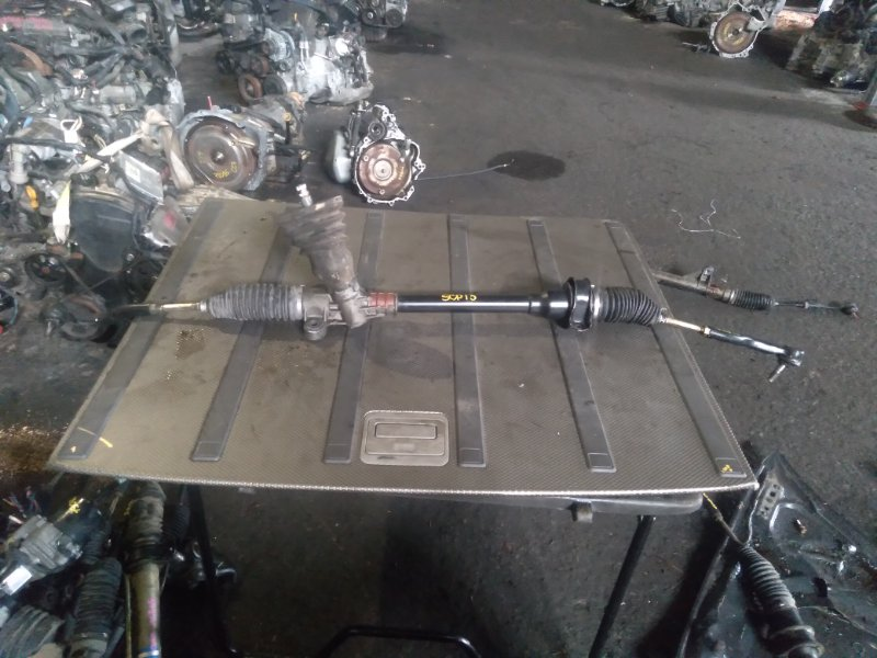 Рулевая рейка Toyota Vitz SCP13 2SZ (б/у)