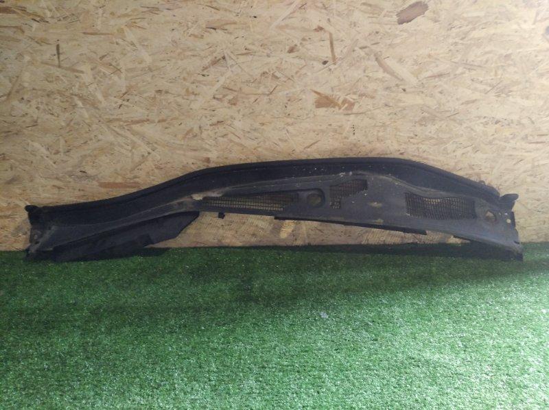 Решетка под дворники Toyota Crown GRS214 (б/у)