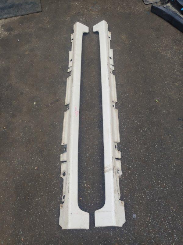 Порог Toyota Prius NHW20 (б/у)