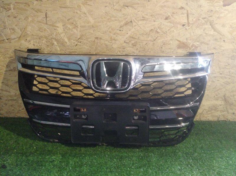 Решетка радиатора Honda Accord CR6 (б/у)