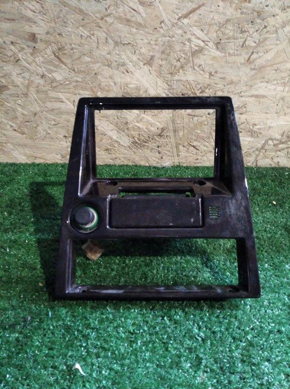 Консоль магнитофона Toyota Mark Ii GX71 (б/у)