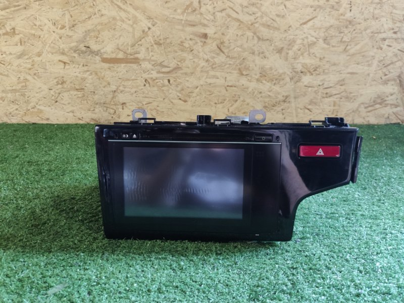 Магнитофон Honda Fit GK3 (б/у)