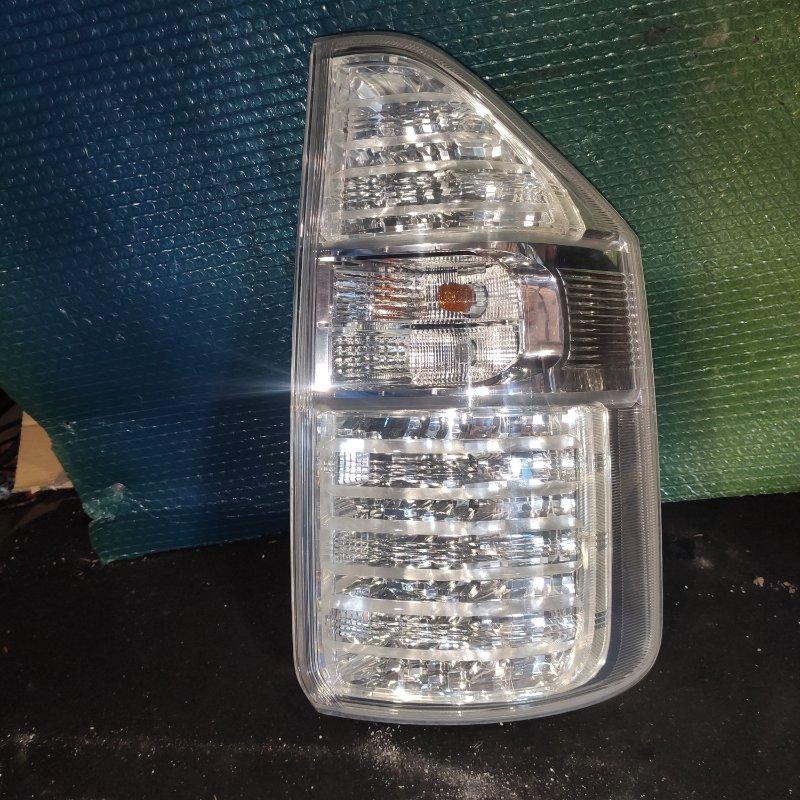 Стоп-сигнал Toyota Noah ZRR70 3ZR задний правый (б/у)
