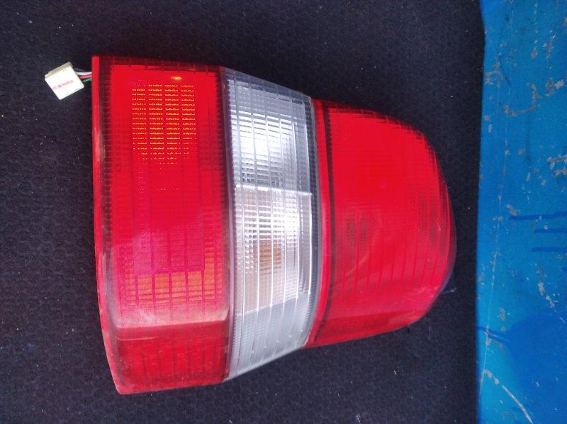 Стоп-сигнал Mazda Demio DW3W задний правый (б/у)