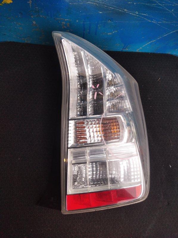 Стоп-сигнал Toyota Prius ZVW30 задний правый (б/у)