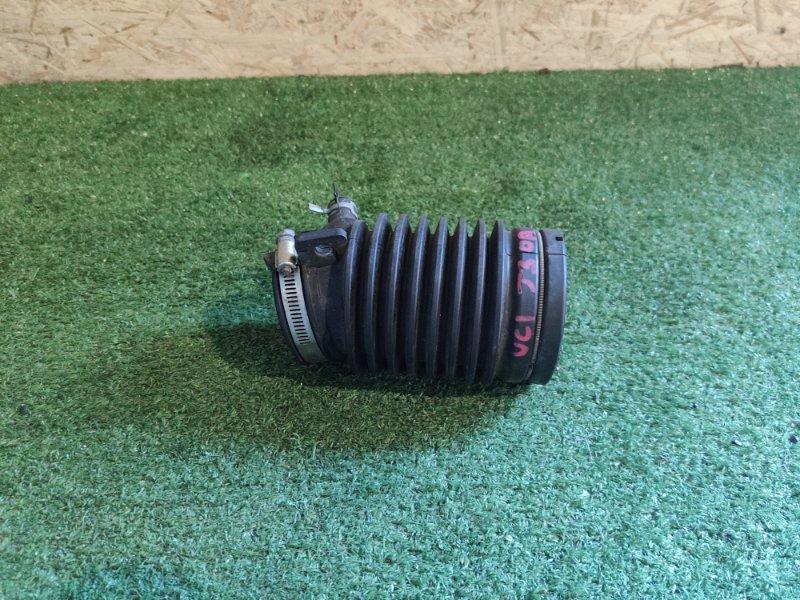 Патрубок воздушн.фильтра Honda Inspire UC1 J30A (б/у)