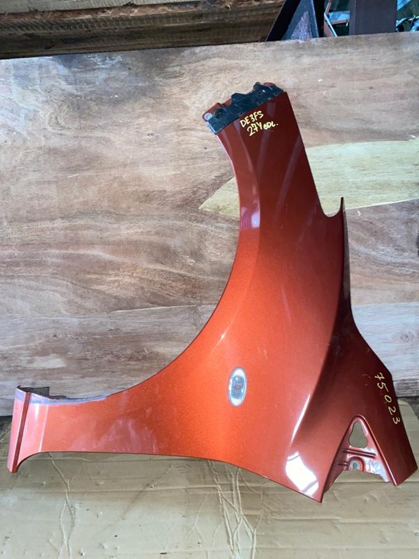 Крыло Mazda Demio DE3FS переднее левое (б/у)